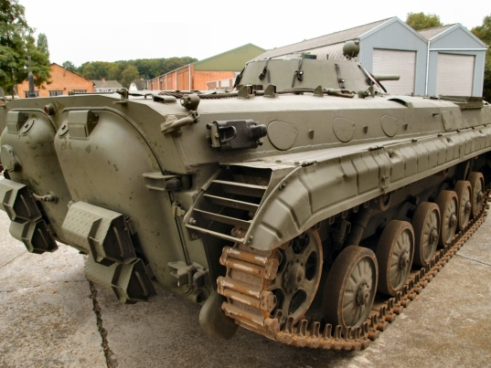 bmp-1-east-german-077-of-131.jpg